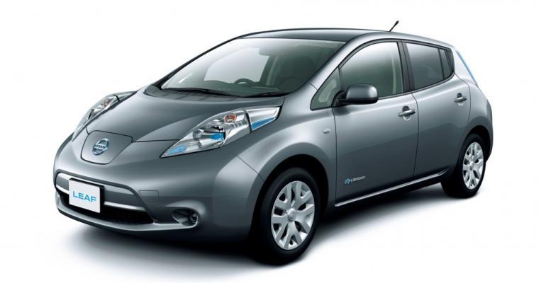 Nissan turns out a new Leaf; 80 kg lighter