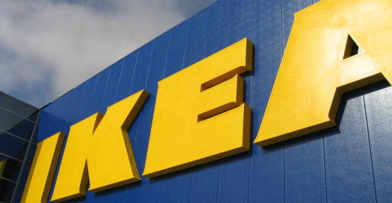 IKEA creates plastic pallets as an alternative to wooden pallets