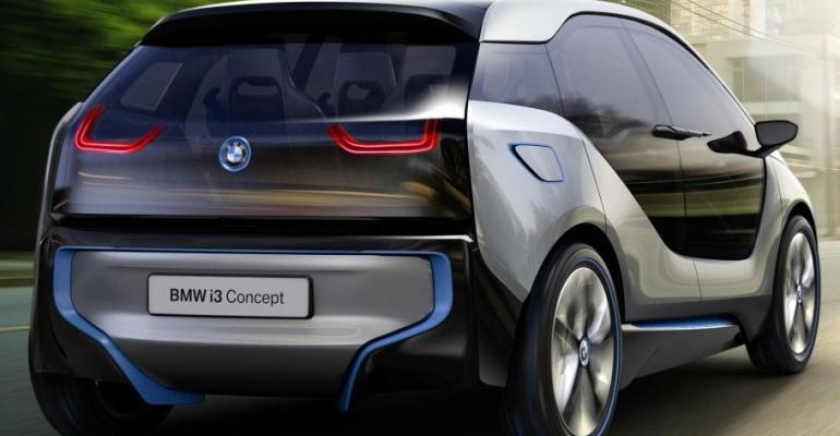 Plastics, carbon fiber in focus as BMW premiers electric concept vehicle