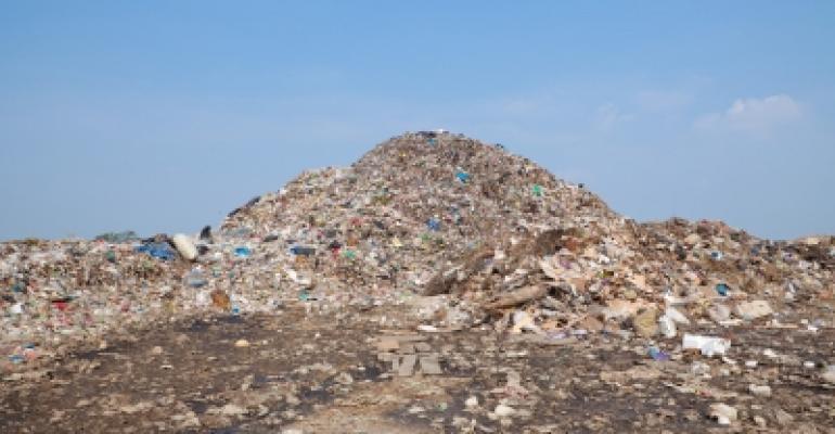 garbage-Witthaya-Phonsawat