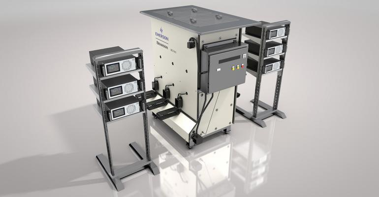 ultrasonic cleaning system for injection molds