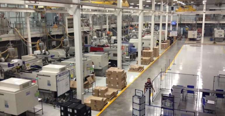 Mexico's manufacturing boom lures U.S. molders